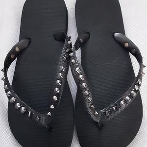 Havaianas Size 39-40 Metallic Black Studded